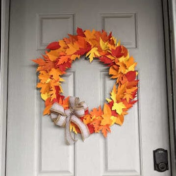 DIY Fall Leaf Wreath